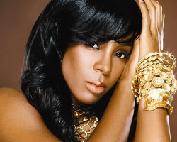 VIDEO: Kelly Rowland Breaks Down Singing 'Dirty Laundry'