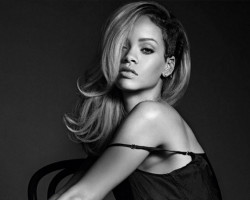 NEWS: Rihanna Reveals 'Rogue' Another New Fragrance