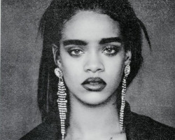 VIDEO: Rihanna – 'BBHMM B*tch Better Have My Money'